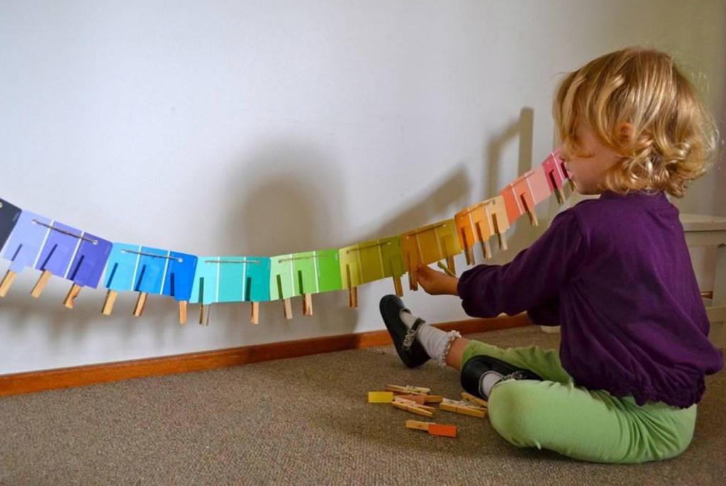 Развивающие игры для детей: учим цвета по Монтессори