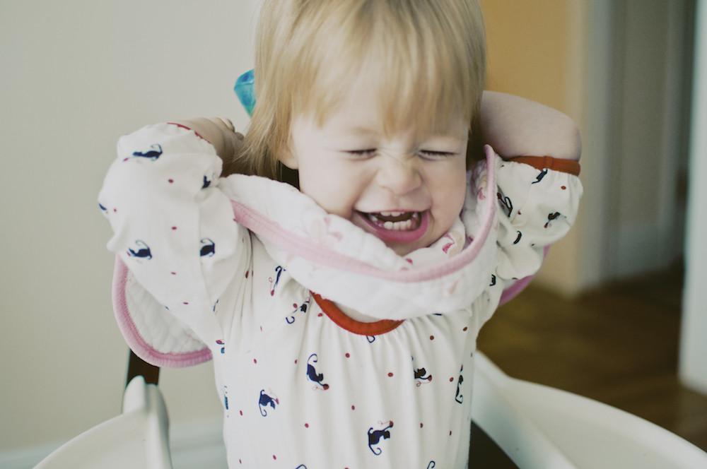 как правильно разговаривать с маленьким ребёнком