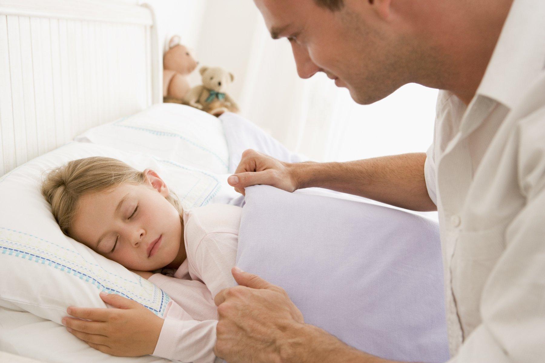 как научить малыша засыпать самому