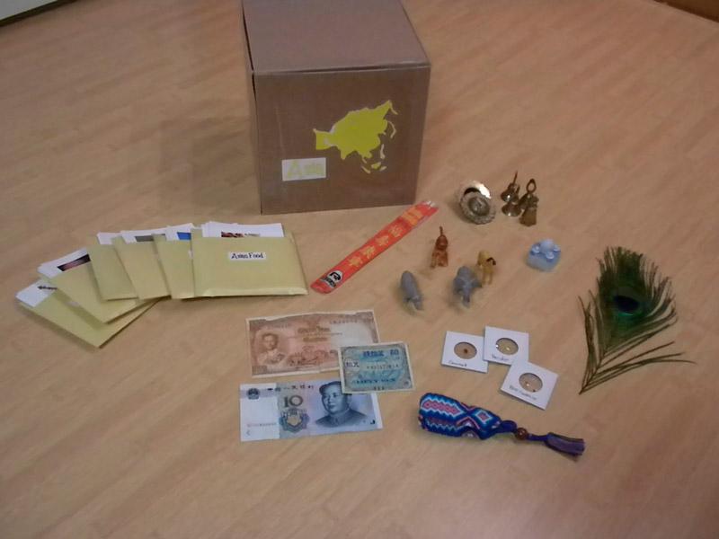 Geografia-dly-detei-po-Montessori-Azia