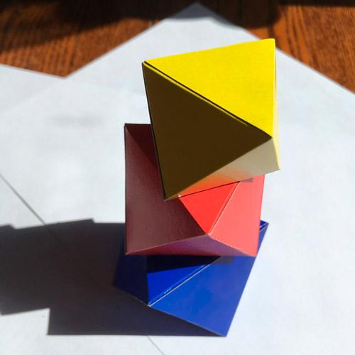 Mobil-iz-oktaedrov-svoimi-rukami