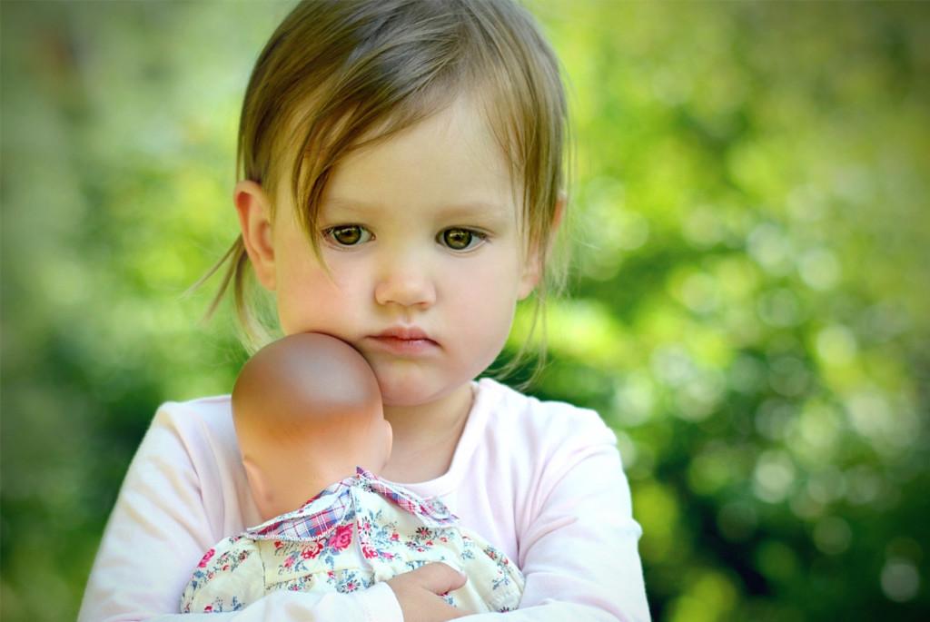 Что делать, если взрослые называют ребёнка жадиной и эгоистом