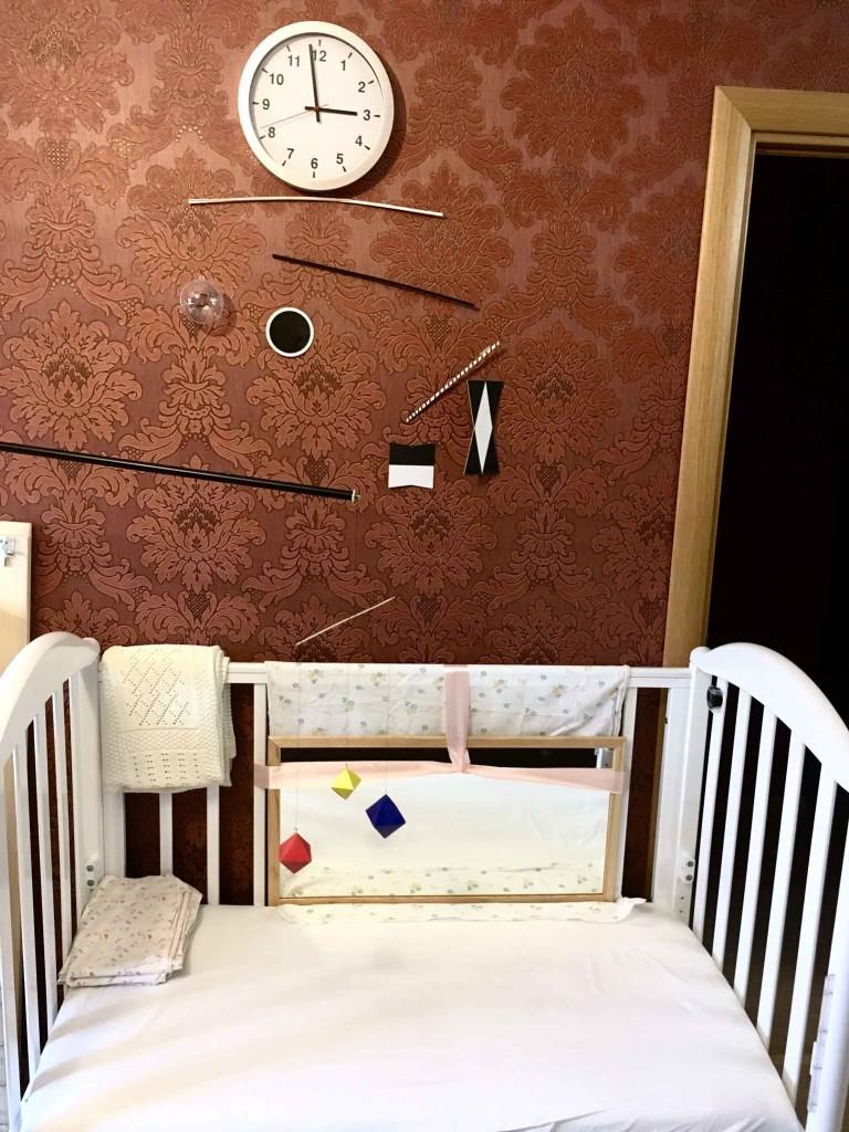 Зона активности в Монтессори-среде для малыша