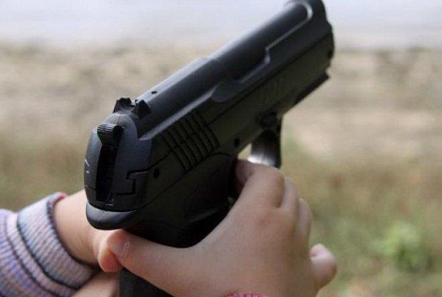 Игрушки-оружие для детей