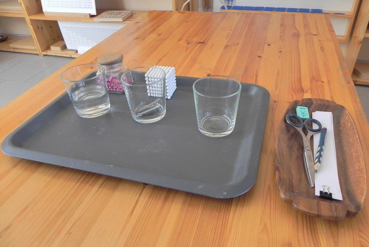 Опыты с детьми: презентация состояний веществ в стаканах