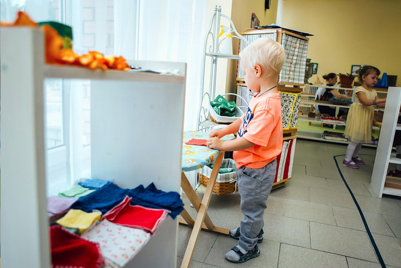 Как научить ребёнка ориентироваться вовремени и что такое мини-циклы вМонтессори
