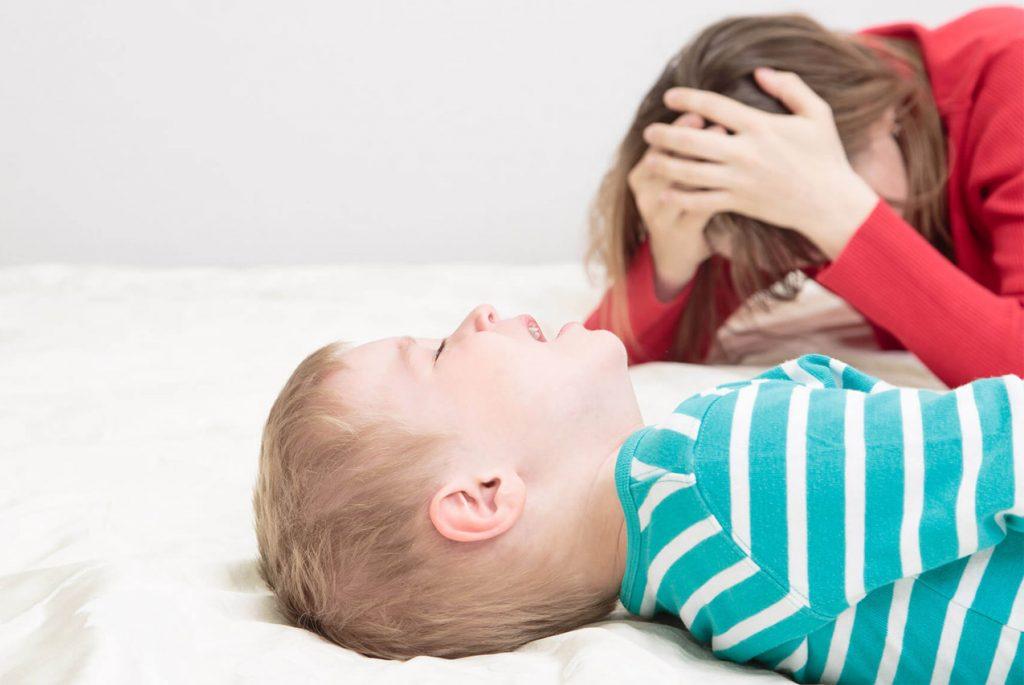Раздражает ребёнок: что делать