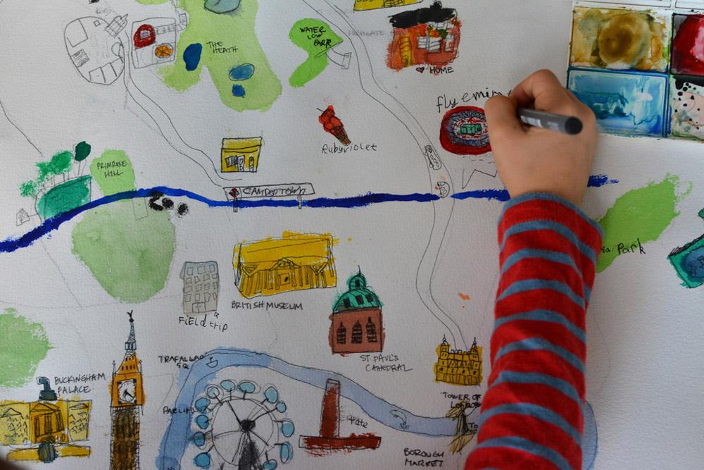 Ребёнок нарисовал карту района
