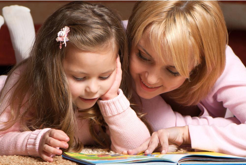 10 причин читать детям книги