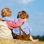 Братья и сёстры: как помочь детям жить дружно