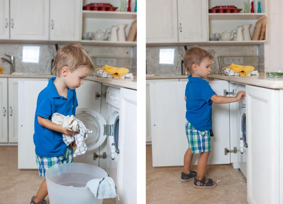 Ребёнок загружает и включает стиральную машину
