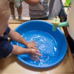 Интерес ребёнка к воде: границы и возможности