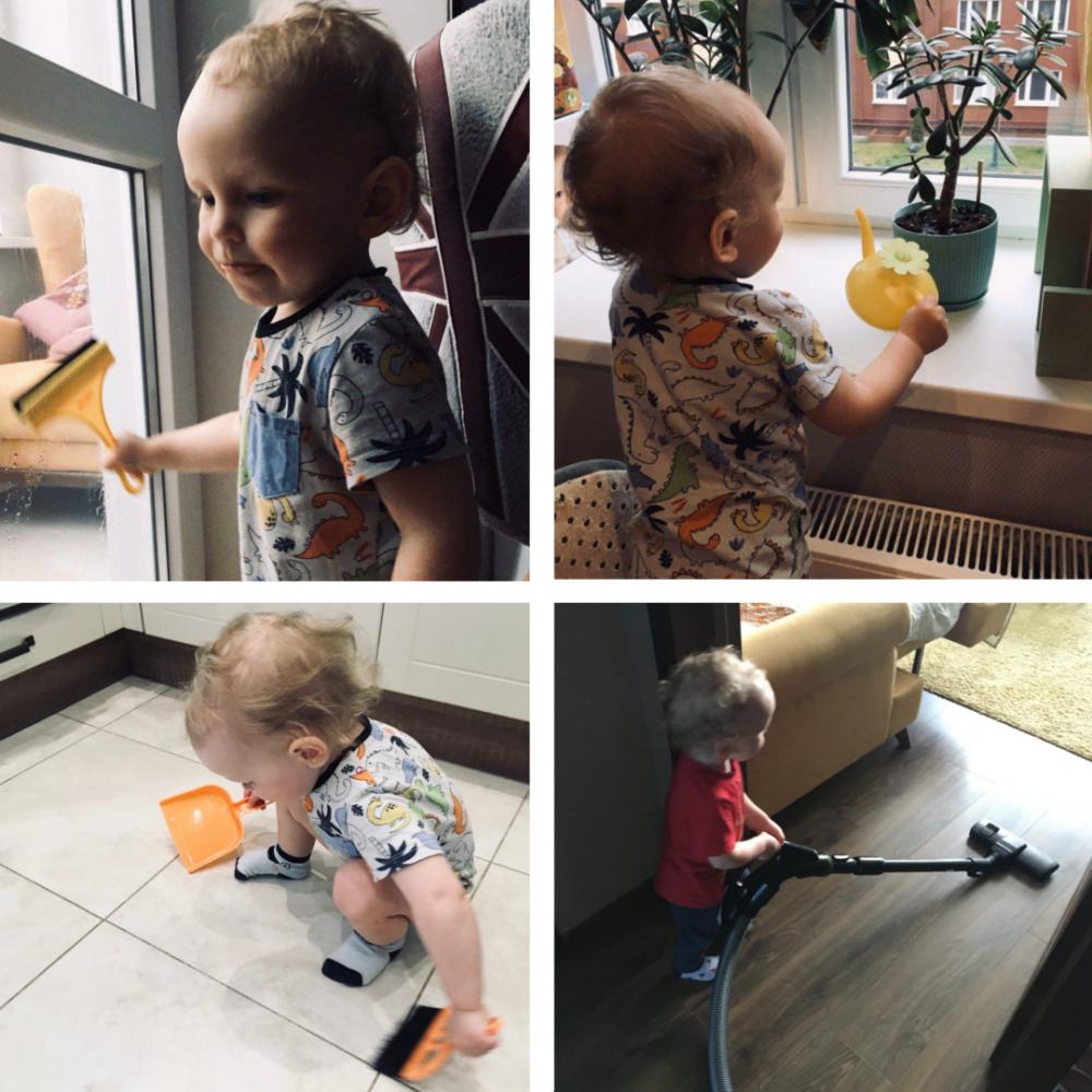 Ребёнок в 2 года занимается домашними делами: пылесосит, подметает, моет окно и поливает цветок