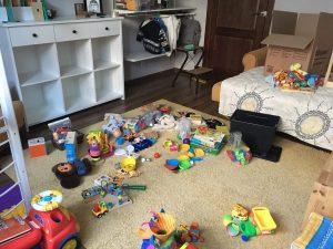 Столько игрушек для развития ребёнка 2 года было у нас дома