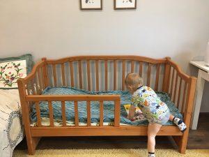 место для сна ребёнка в два года