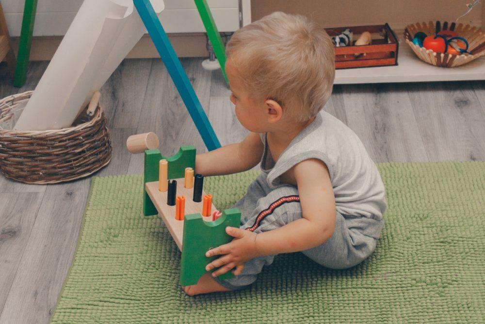 Игрушки с 1 до 3 лет: как выбрать те, с которыми ребёнок будет играть
