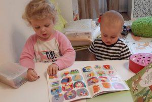 Как справляться с двумя маленькими детьми