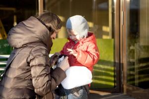 прогулка с ребёнком и альтернативные вопросы