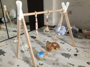 Развивающие игрушки для самых маленьких по Монтессори