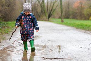 ребёнок гуляет без истерик