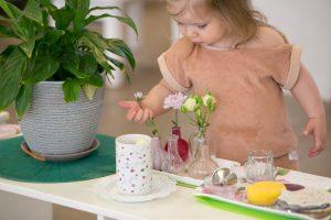 Развитие личности ребёнка до двух лет