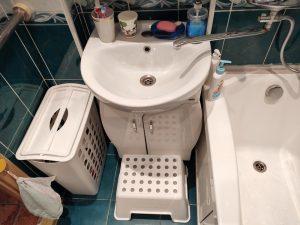 Организация пространства в маленькой ванной для ребенка
