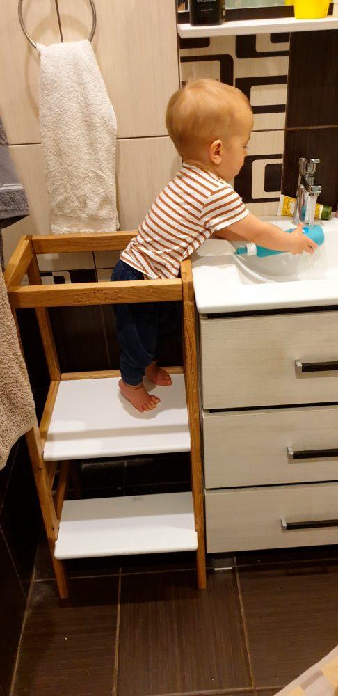 АК ребёнок в ванной2