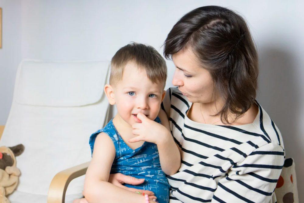 Приёмы, которые помогут договориться с ребёнком без слёз и истерик