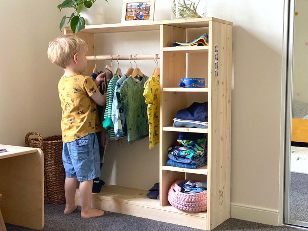 Детский шкаф Монтессори