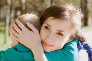 мама контейнирует эмоции ребёнка